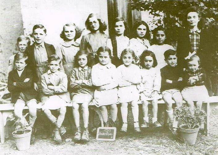Antichan école 1945 1946 Madeleine Dumail