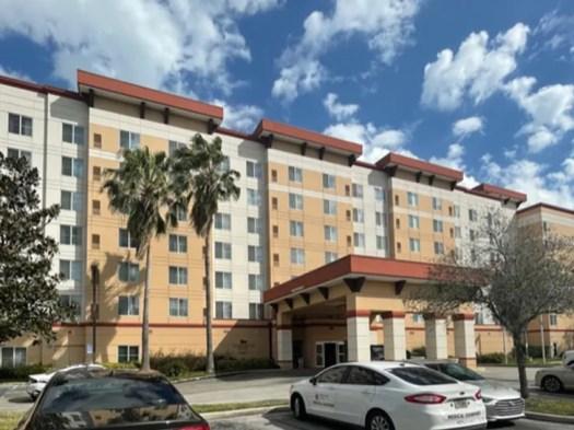 NFL Star Vincent Jackson Found Dead in Hotel Room, Cops Investigating 3