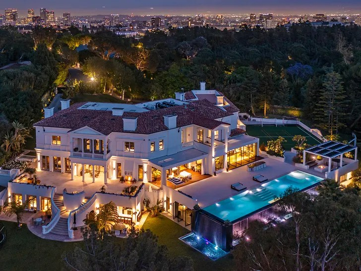 The Weeknd Buys New Bel Air Mansion