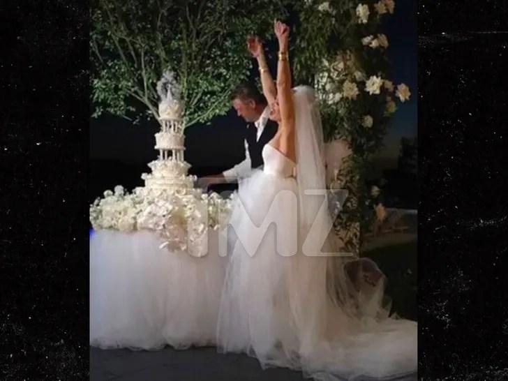 blake shelton gwen stefani wedding