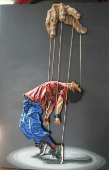 Manipulación - 127x80cm - Escultura de madera formada por 308 piezas (2018)