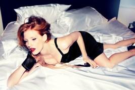 http://www.fashiontography.net/2012/12/jessica-chastain-by-ellen-von-unwerth.html