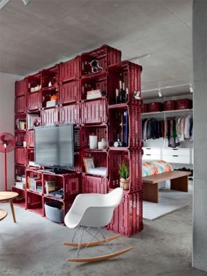 http://www.homedit.com/70-square-meter-apartment-continuous-layout-partitions/