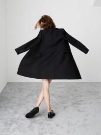http://www.fashiongonerogue.com/zara-fall-winter-2014-essentials/3/