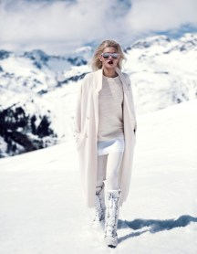 http://www.fashiongonerogue.com/martina-dimitrova-stuns-snow-dv-mode-fredrik-wannerstedt/