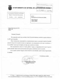 Carta de respuesta del alcalde de Setenil al presidente de la Asoacición de la Prensa de Cádiz.