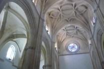 """El interior es muy similar al de la Iglesia de la Villa de Setenil, con su estilo gótico y su estructura """"enchufada""""."""