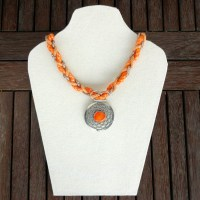 Learn to Make a Necklace with Braided Rope