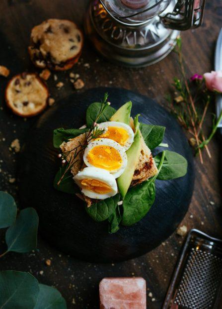 eating well-balanced meal keeps you healthy