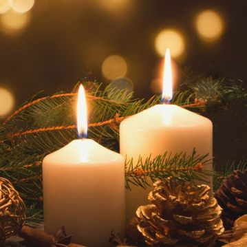 light a candle and give thanks this christmas