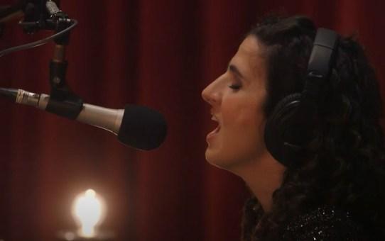 VIDEO - Silent Night (Live) - Laila Biali