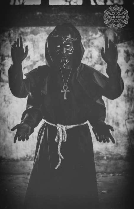 SatanicChurch19-lo