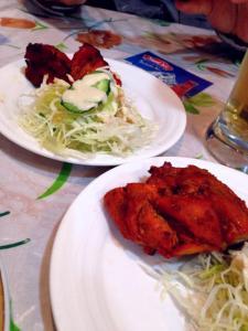 3軒目はネパール料理ナンマスター。タンドリーチキン美味し!