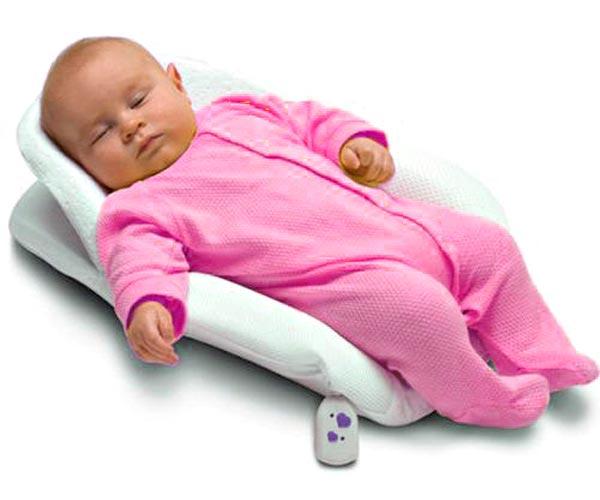 Как уложить спать грудничка 1 месяц. Как правильно укладывать спать новорожденного: все секреты. В какой позе следует укладывать малыша