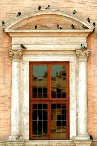 Palazzo-Farnese-Pigeons