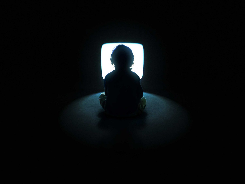 child-watching-tv-scaled.jpg