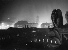 Parigi da Notre-Dame, 1933 @ Brassai, Paris
