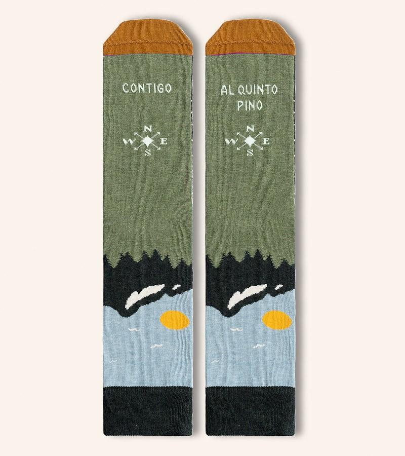calcetines-contigo-al-quinto-pino-brujula