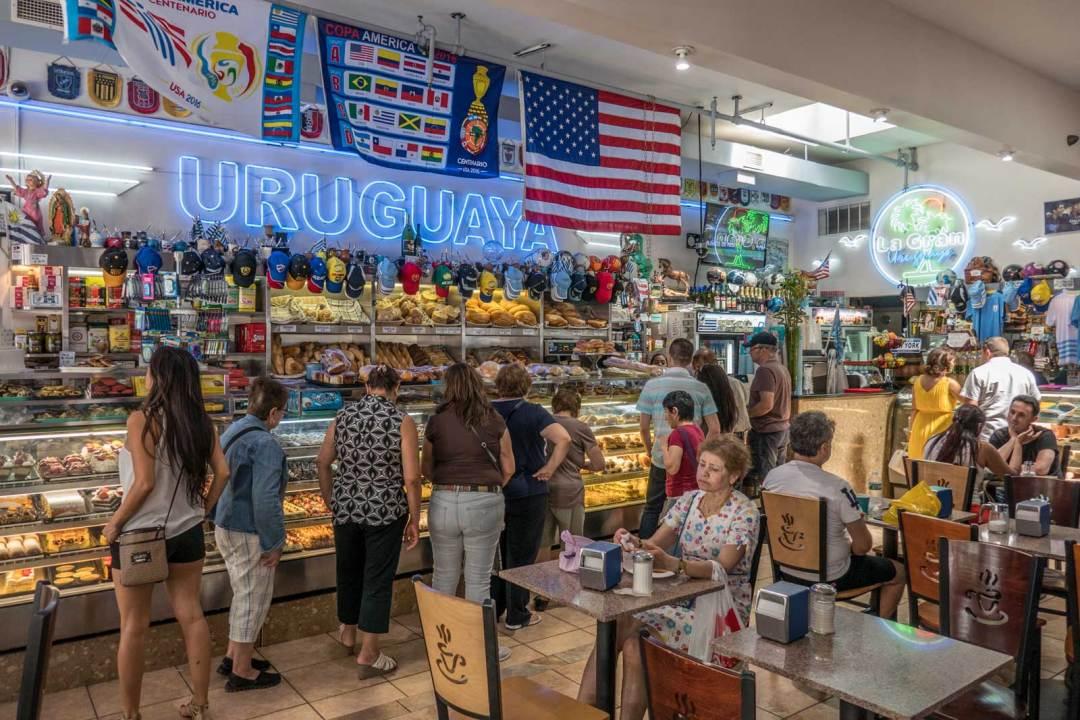La-Gran-Uruguays-Jackson-Heights-Queens-bakery-1600x1067