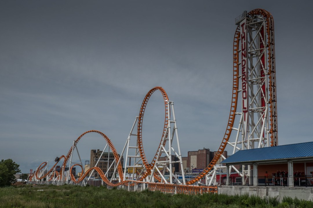 thunderbolt-luna-park-coney-island-brooklyn-1600x1067