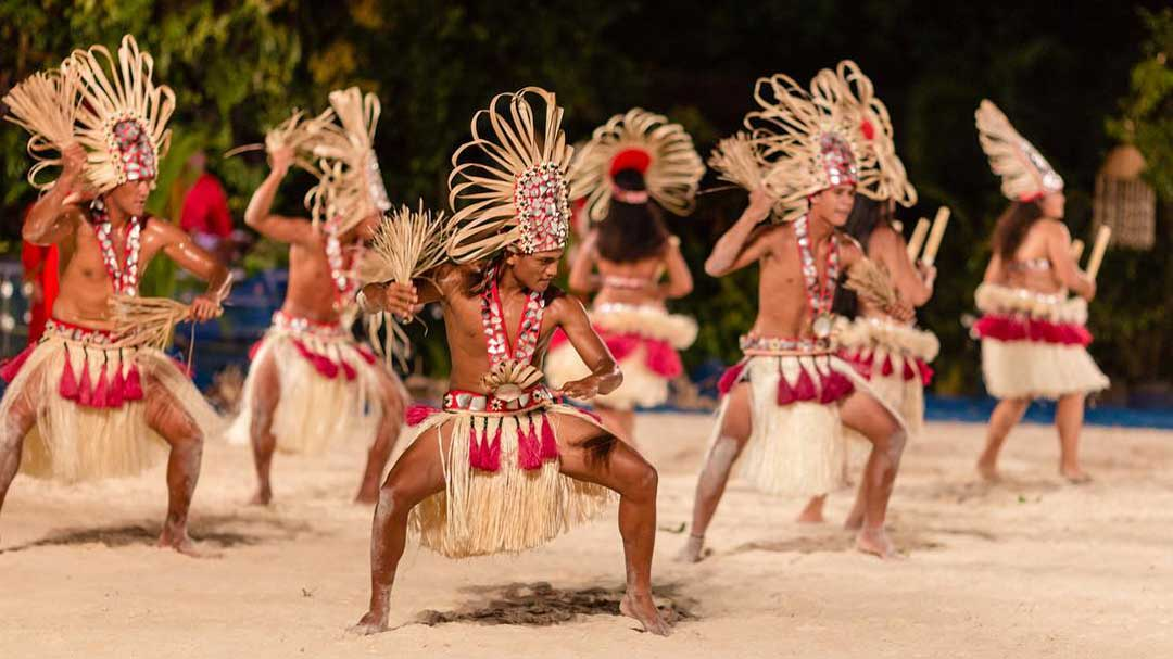 dancers in French Polynesia