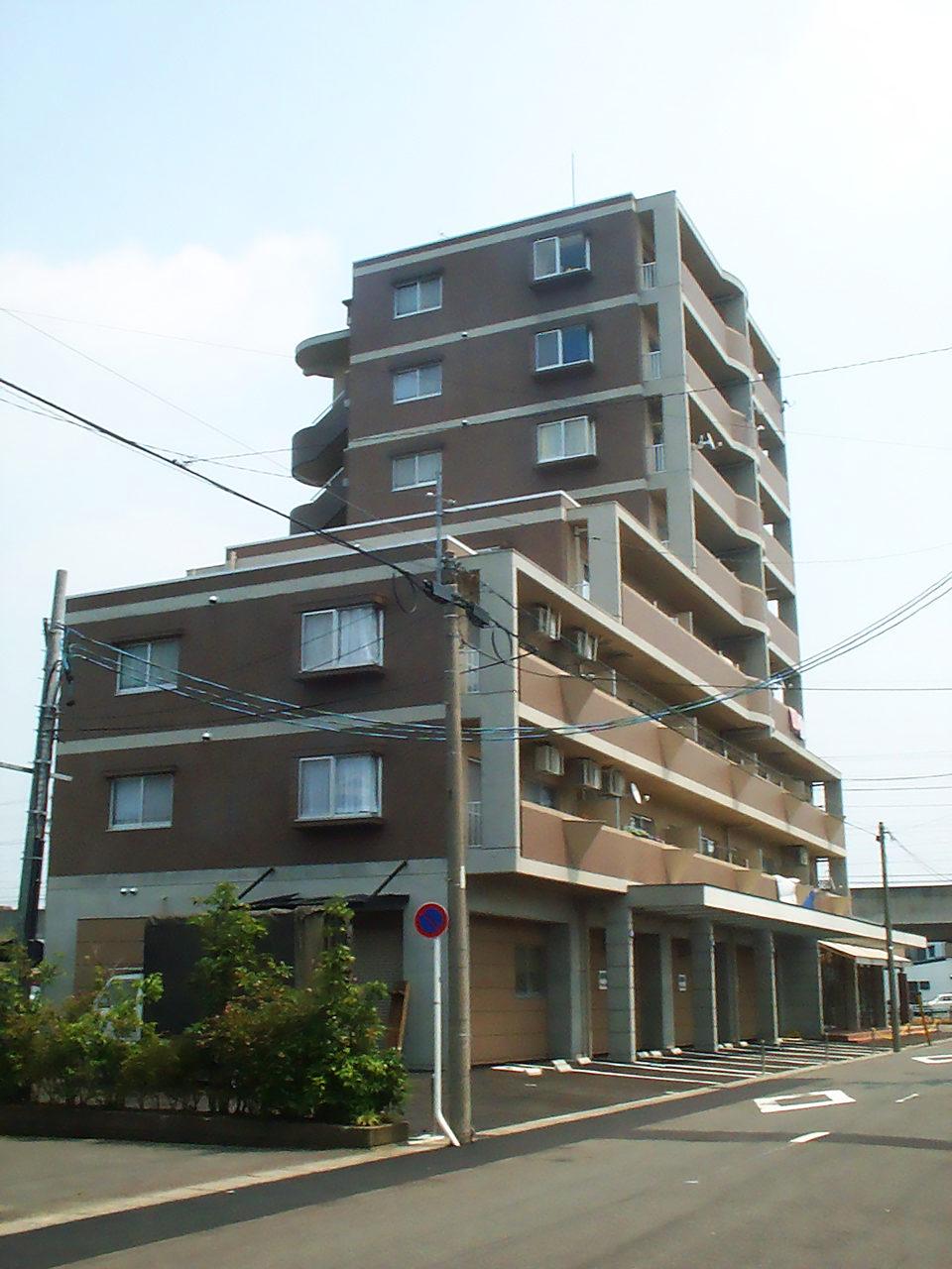 鉄筋コンクリートタイル貼り賃貸マンションの新築設計、デザイン