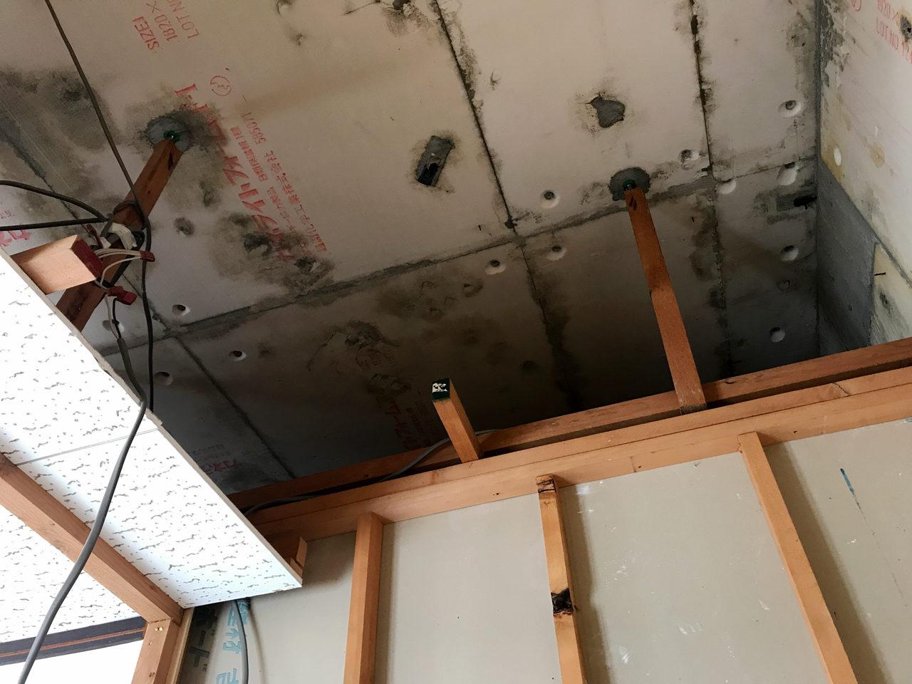 愛知県一宮市で設計デザインした空き家を賃貸住宅へリノベーション設計・デザインをした物件の解体工事