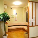 待合室|女性専用エステティックサロン併設鍼灸接骨院の新築設計、店舗デザイン