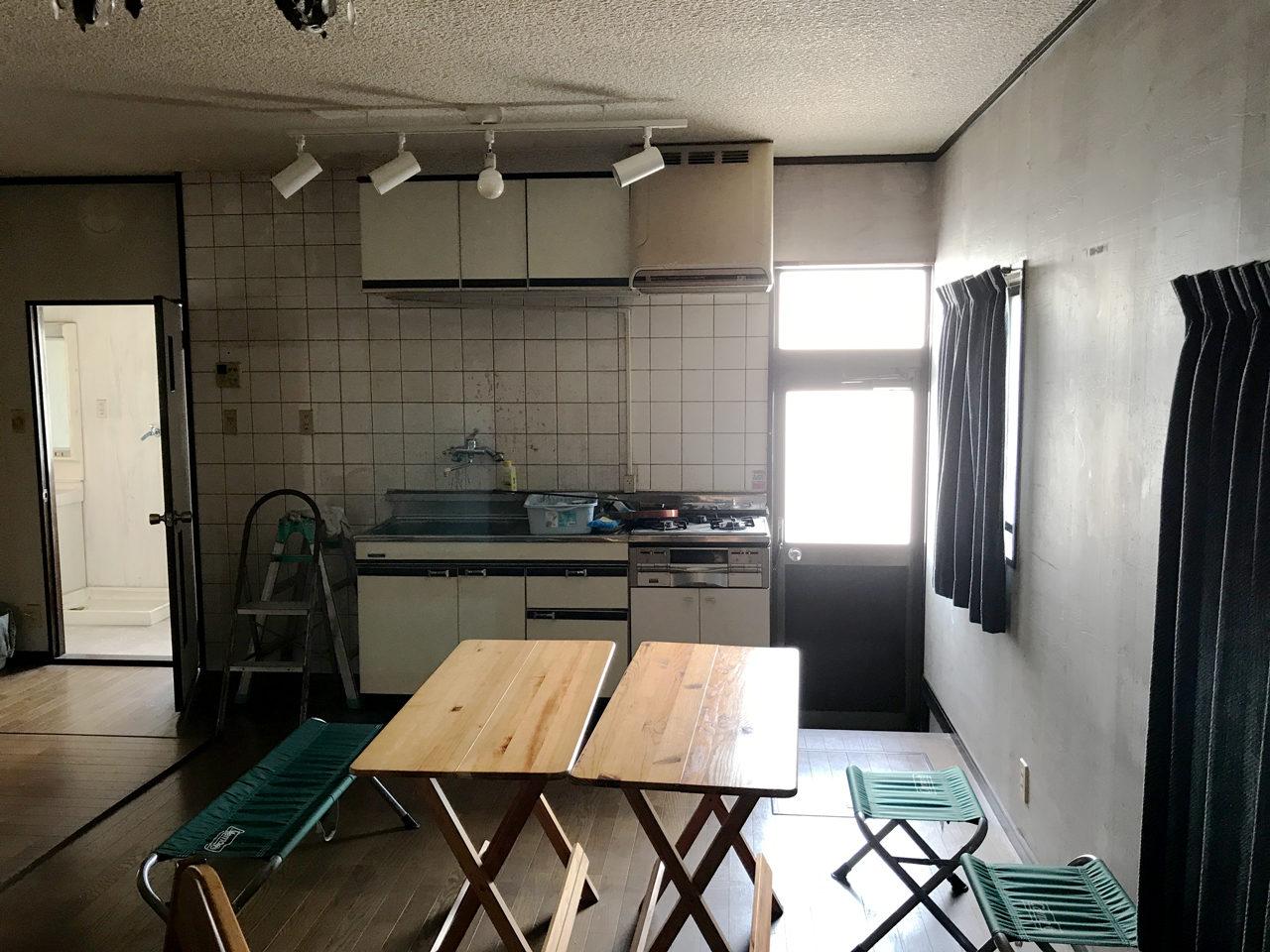 空き家を賃貸マンションのリノベーション設計、デザインの1階既設LDK