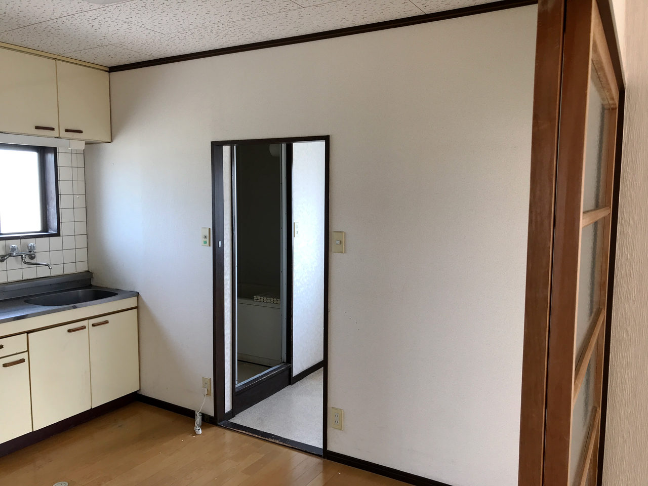 賃貸アパートのリノベーション改装設計、デザインの既設2階LDK