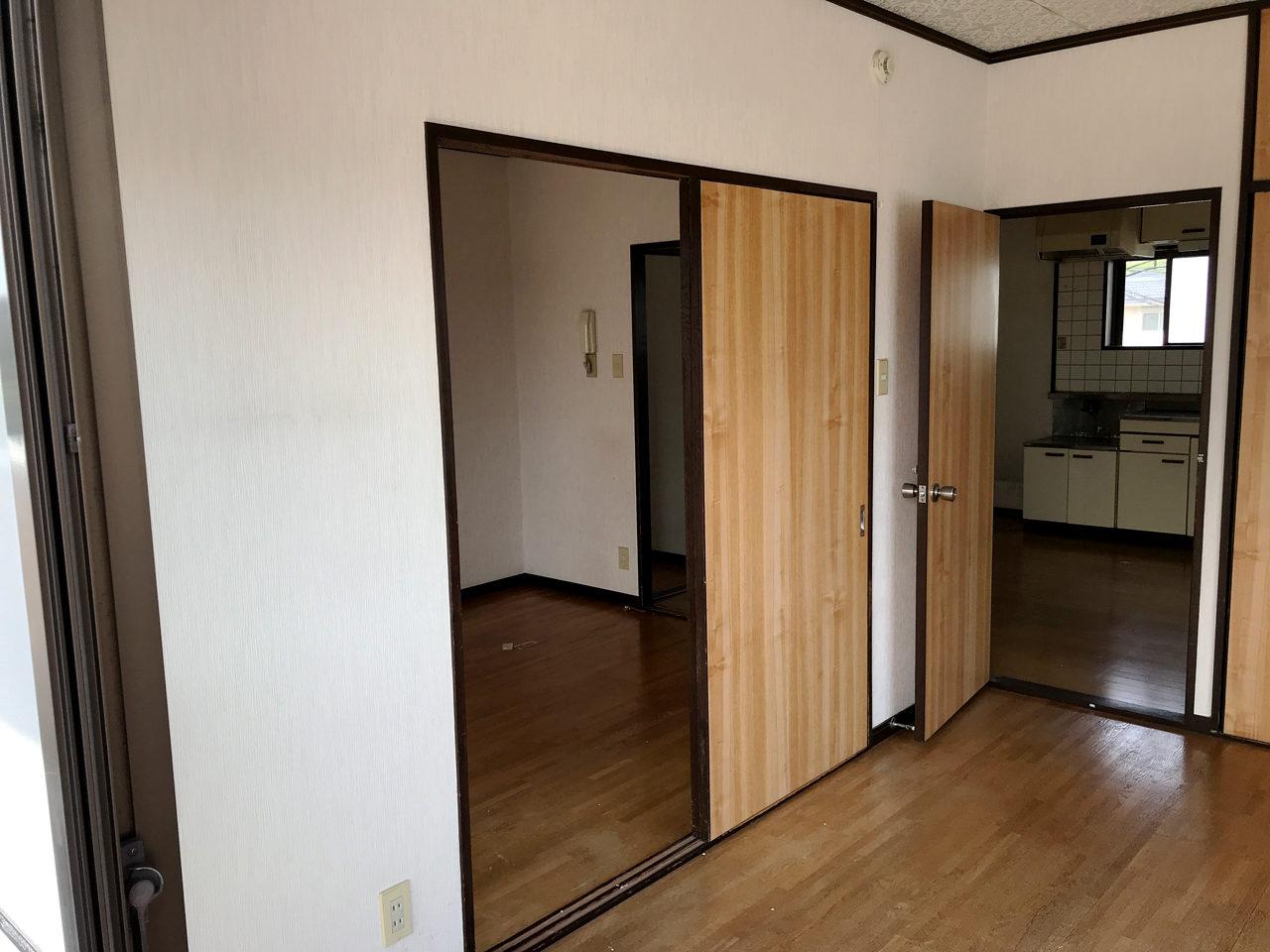 空き家を賃貸マンションへリノベーション改装設計、デザインの既設2階個室01