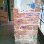 店舗(接骨院)付き住宅の柱タイル貼り