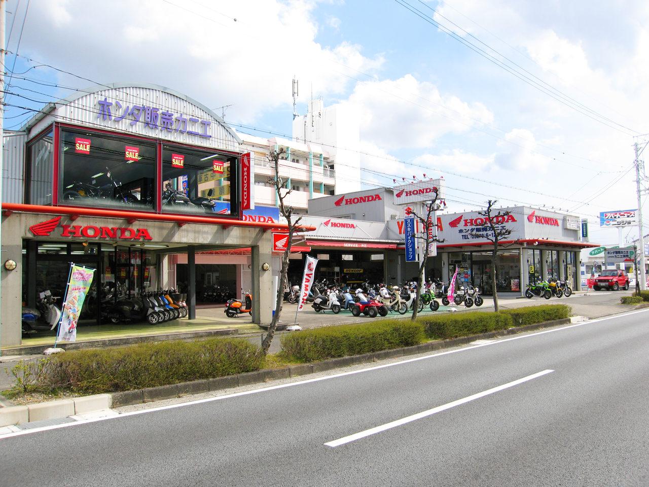 バイクショップ・ホンダ販売カニエの展示ショールーム・修理工場・事務所の店舗デザイン・設計、改装デザイン