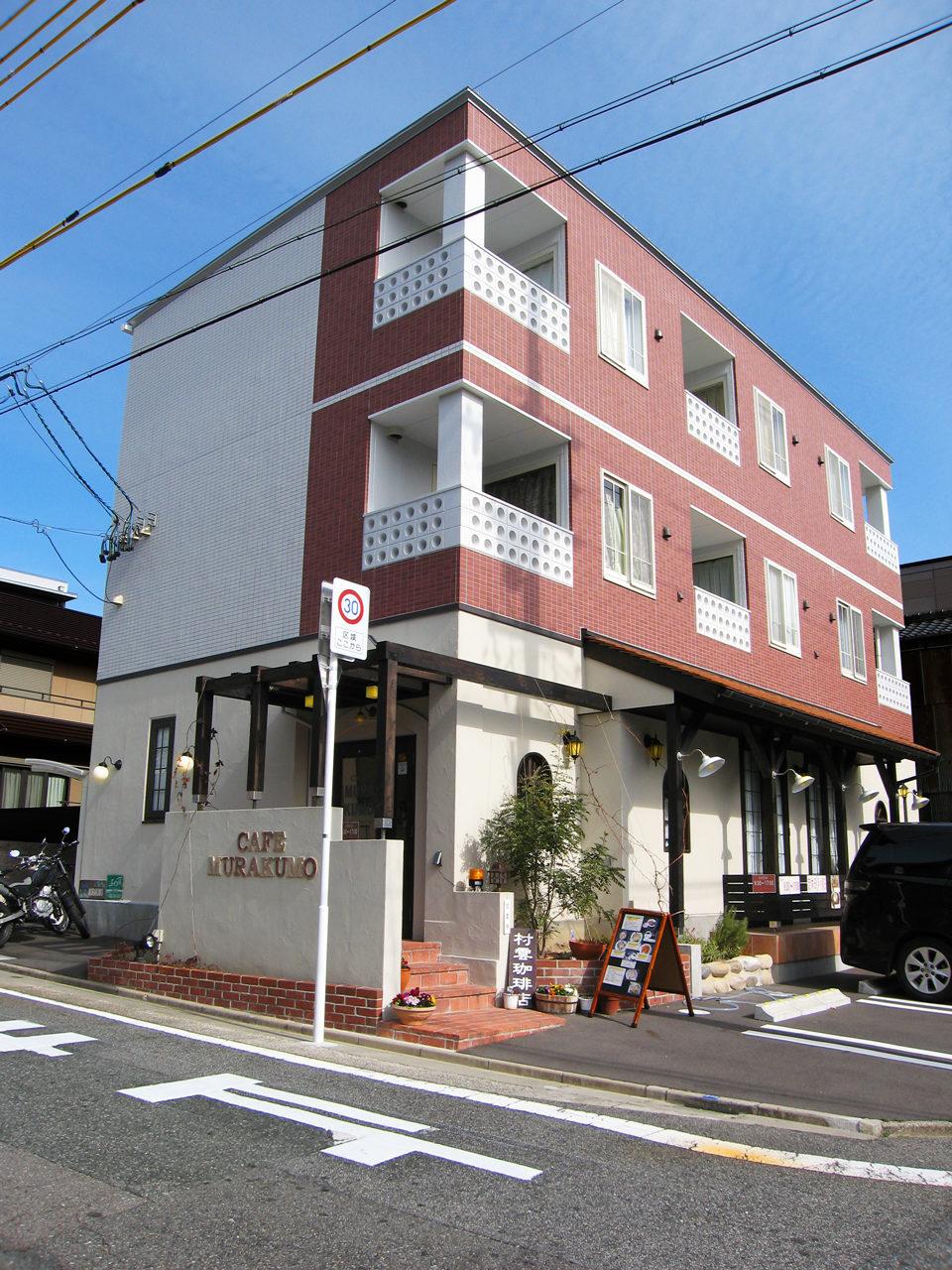 カフェとギャラリー付き賃貸マンションの新築設計、店舗デザイン