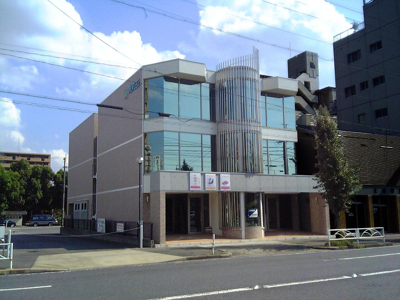古いテナントビルのリノベーション、再生設計、デザイン|愛知県春日井市