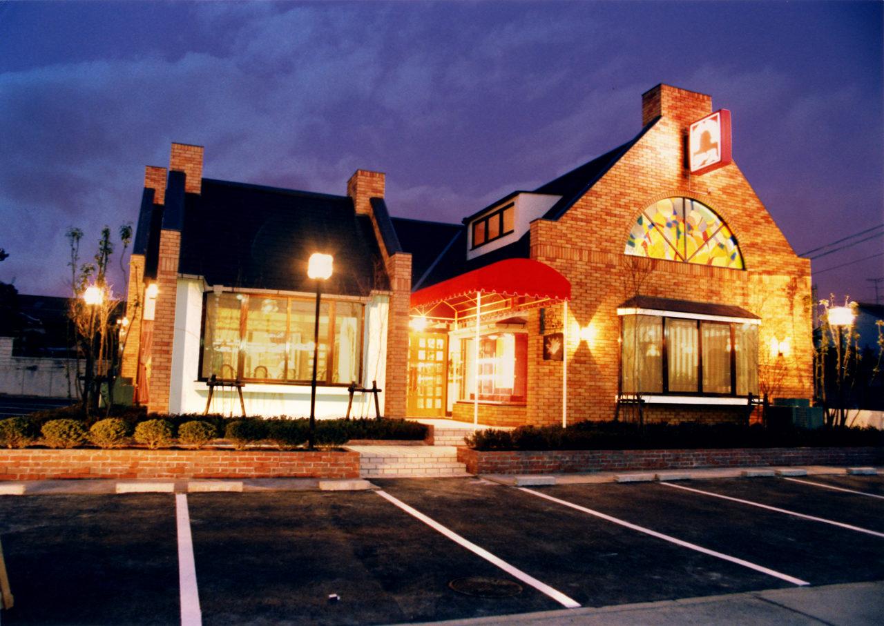 名古屋市のハンバーグレストラン、ステーキレストランの店舗デザイン、設計