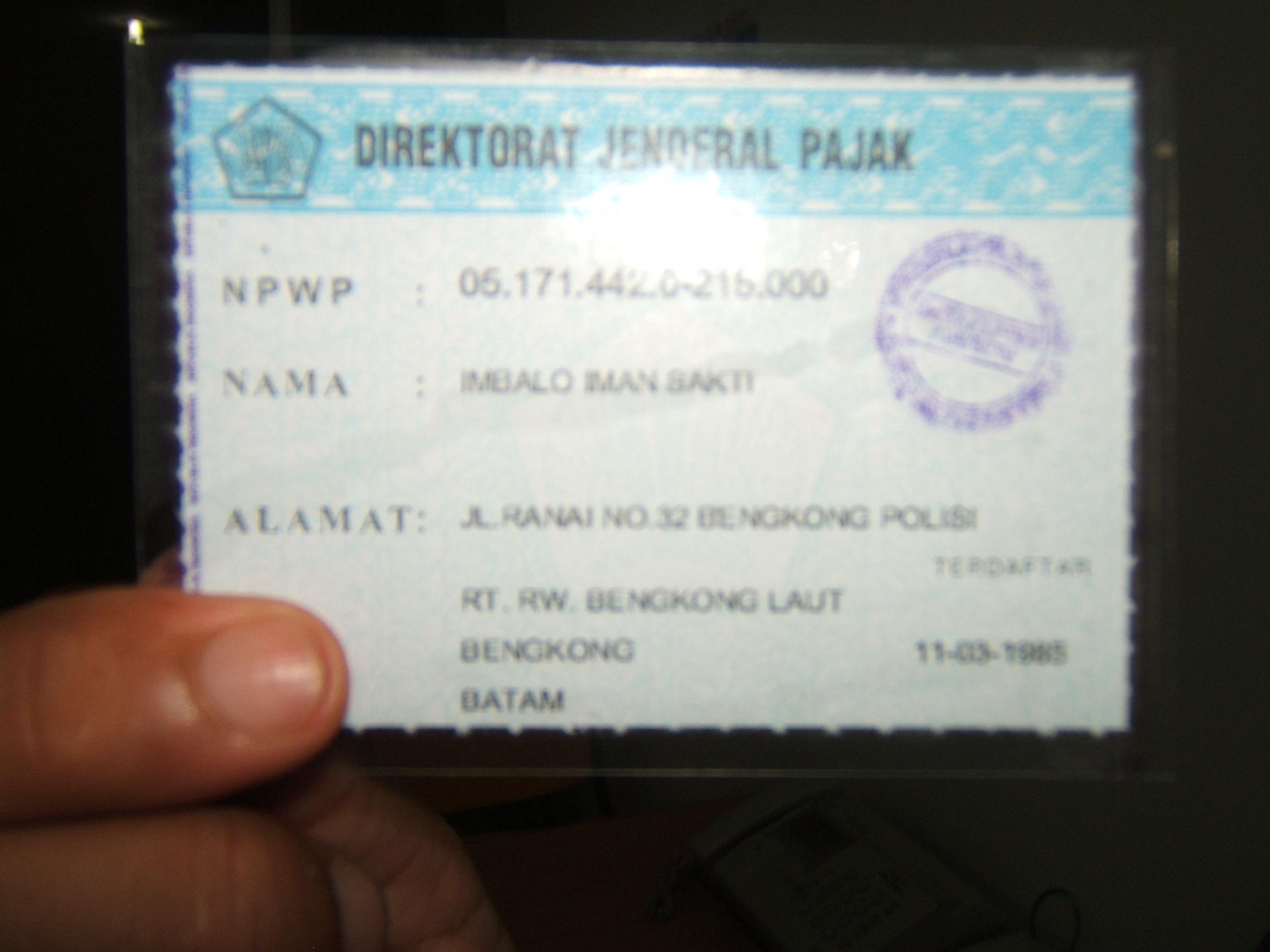 Nih kartu NPWP ku, sejak 1985 sudah punya lho no. 05.171.442.6-215.00