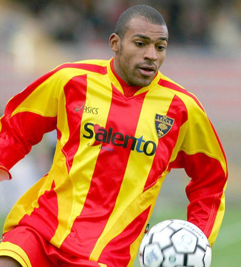 Babù calciatore Lecce