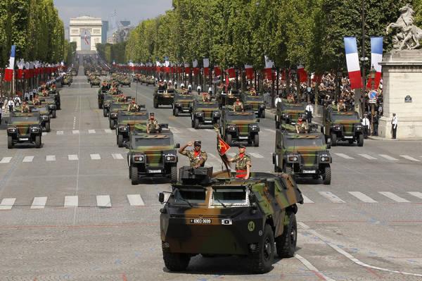 IMLebanon | فرنسا تتوقع بيع أسلحة بـ 8 مليارات يورو