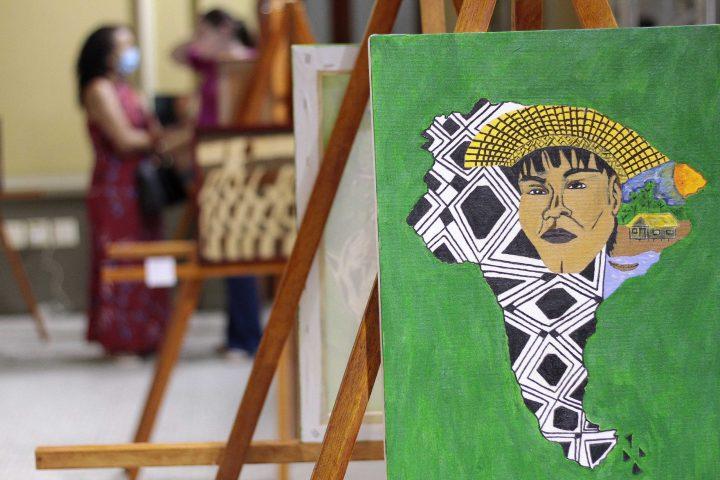 Manaus - 22.09.2021 Lançamento da mostra indígena de Manaus Meu Povo Fotos Altemar Alcantara / Semcom