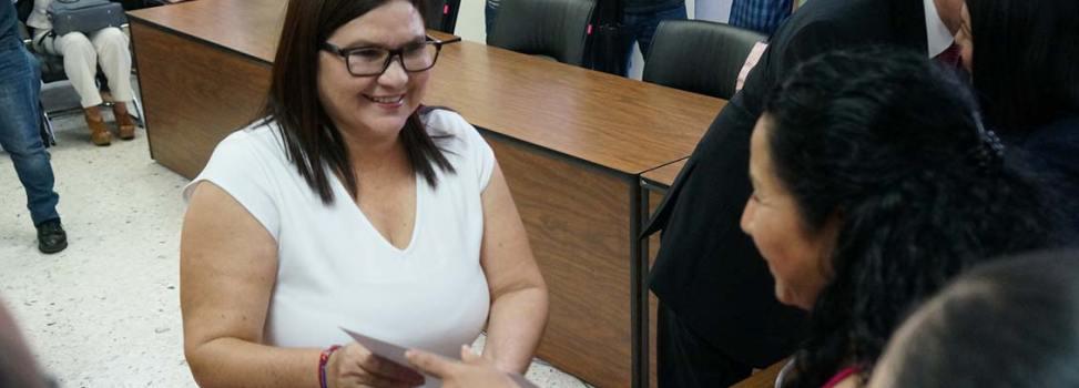 Imelda Castro y Rocha Moya reciben constancia de senadores electos