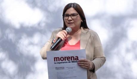 """""""Pongo en manos de Morena una hoja de vida limpia, congruente y honesta para ser gobernadora de Sinaloa"""": Imelda Castro"""