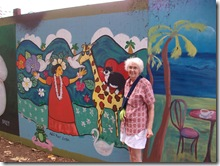 local-art-murial-wall-honolulu-zoo