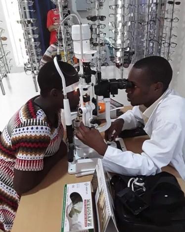 eye clinic (2)