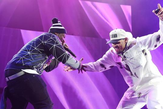 1490966054 781f92d5e608dd76bae085564c157fac 50 Cent Says Chris Brown Is Still His Friend Despite Dropping Out Of Party Tour
