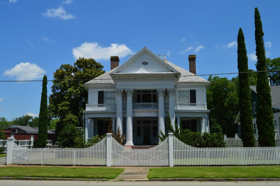 A Day Trip Guide to Windsor, North Carolina - I'm Fixin' To - @mbg0112
