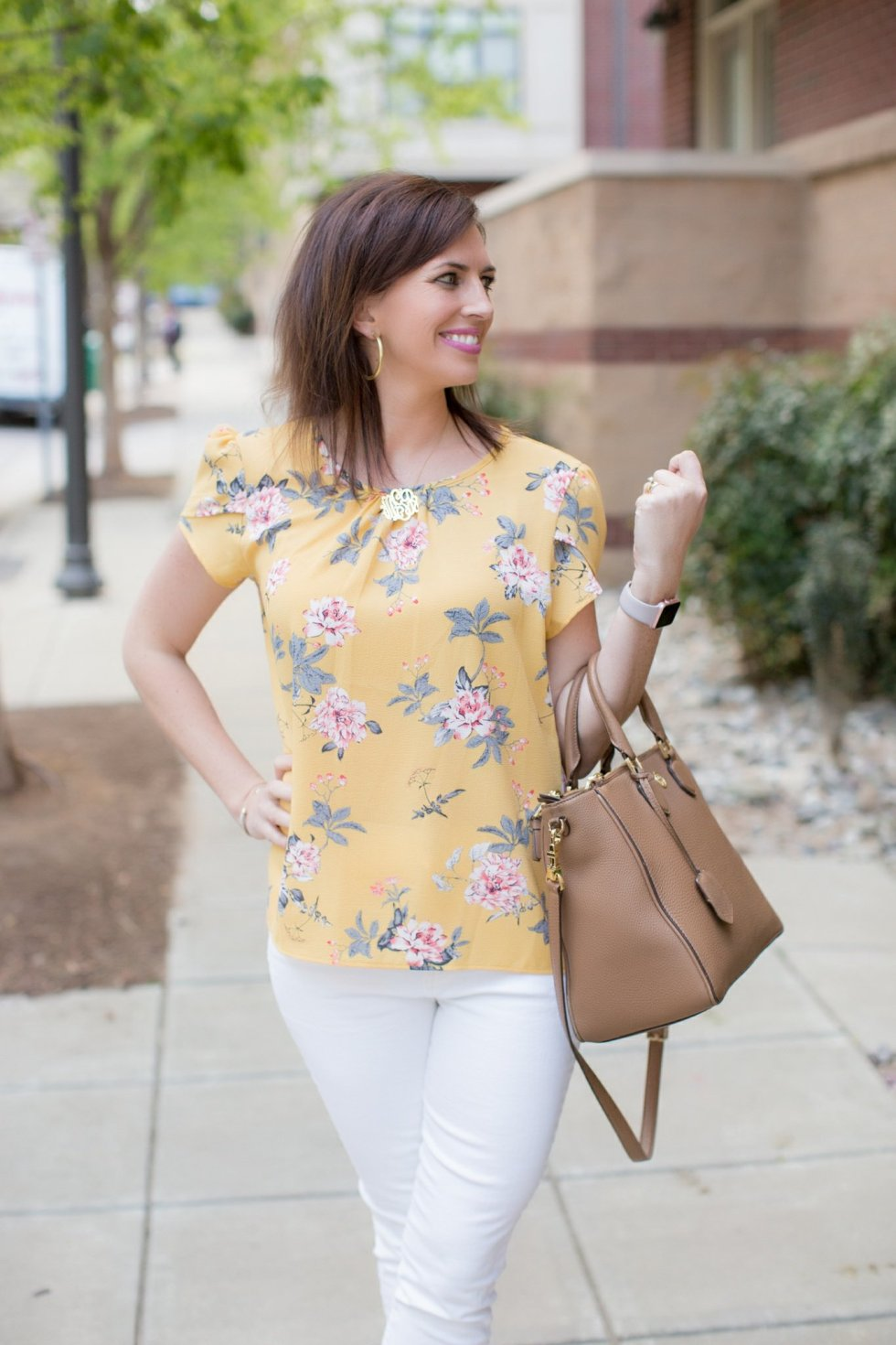 Yellow Florals & White Jeans for Spring - @mbg0112 - I'm Fixin' To