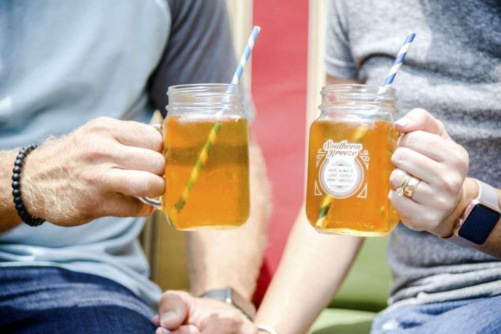 Mint Julep Sweet Tea with Southern Breeze Sweet Tea - I'm Fixin' To - @mbg0112