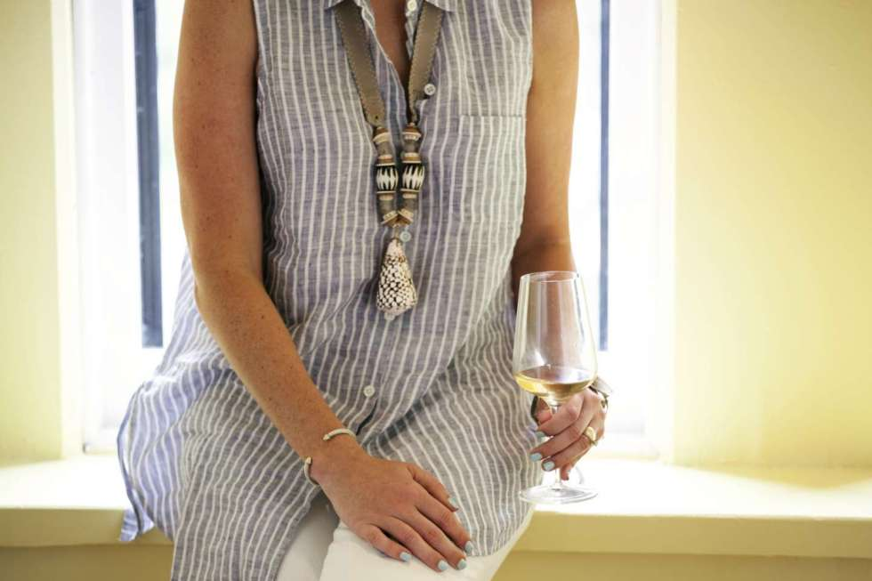 Striped Linen Tunic for an Afternoon at Hotel Henry - I'm Fixin' To - @mbg0112
