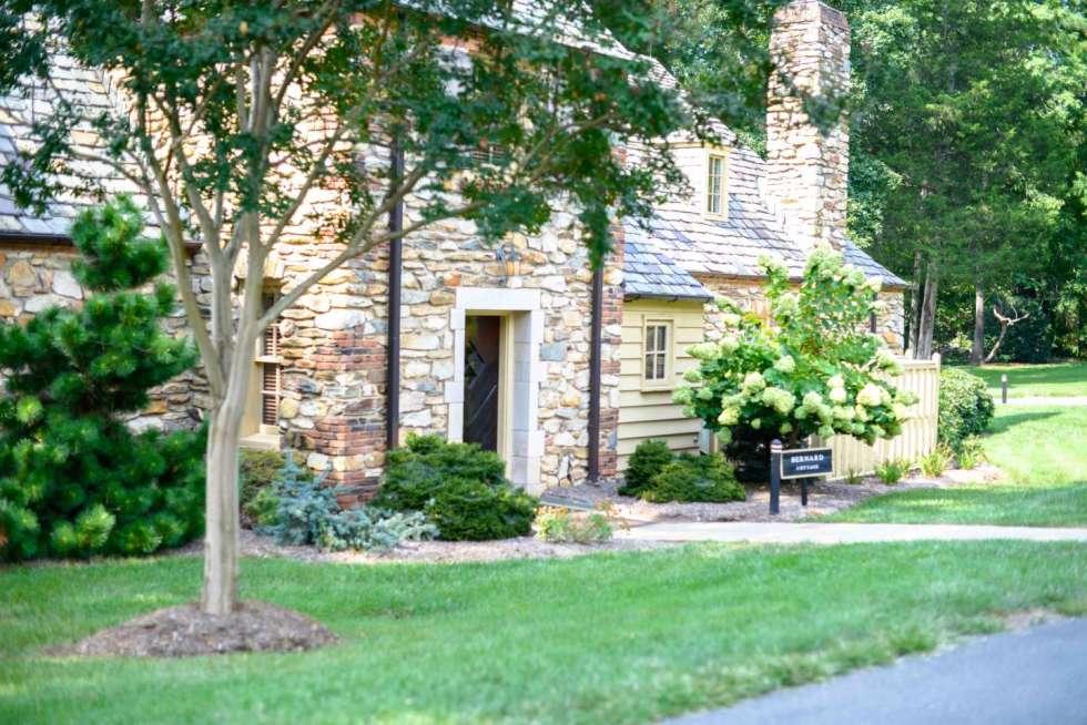 Exploring Graylyn Estate in Winston-Salem - I'm Fixin' To - @mbg0112